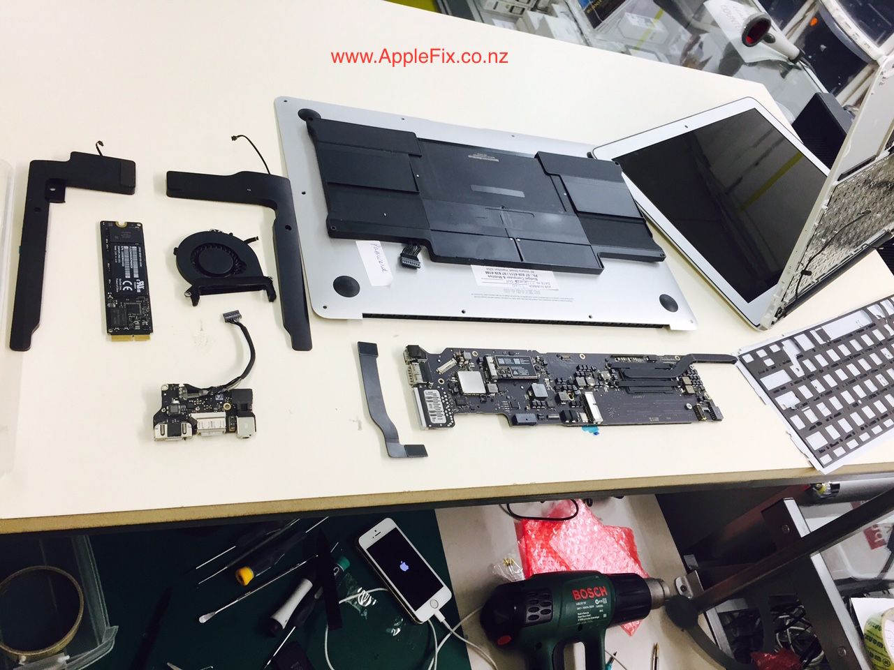 macbook repair hamilton