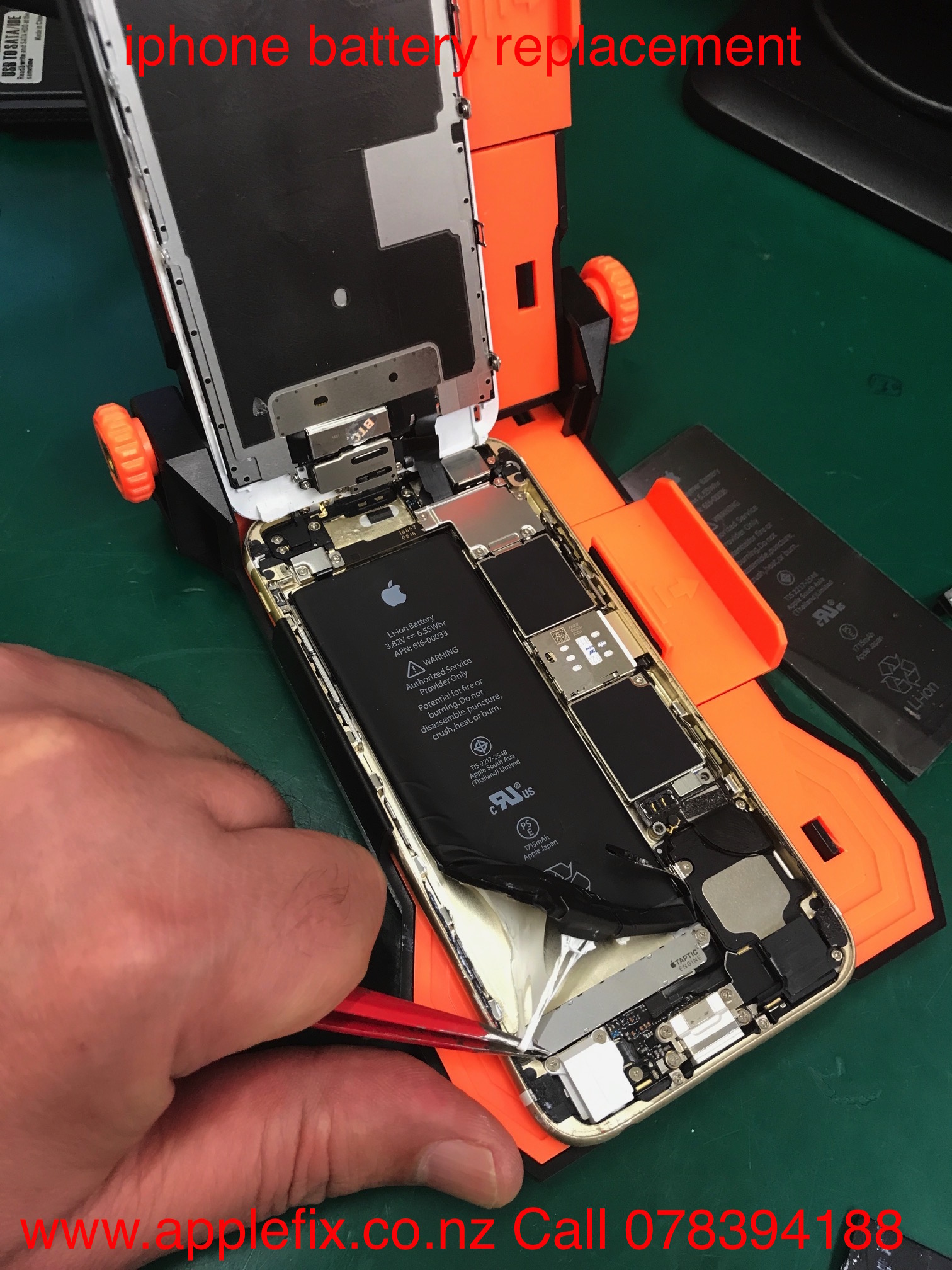 iPhone battery replacement hamilton